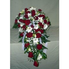Brautstrauß tropfenförmig Rot-Weiß