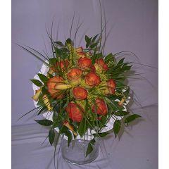 Kleiner Brautstrauß mit orange Rosen
