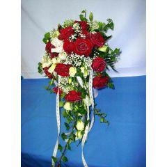 Brautstrauß mit rot Rosen und weiß
